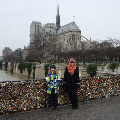 Paris.kids.lock.bridge.ND